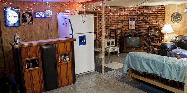 Basement Family Room 4